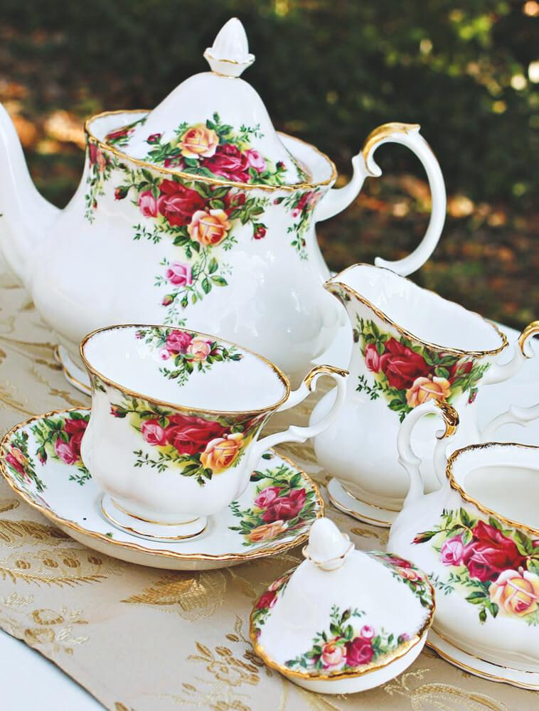 old-country-roses-royal-albert